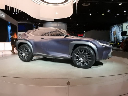 Lexus UX sắp thành hiện thực, dựa trên Toyota C-HR - ảnh 2