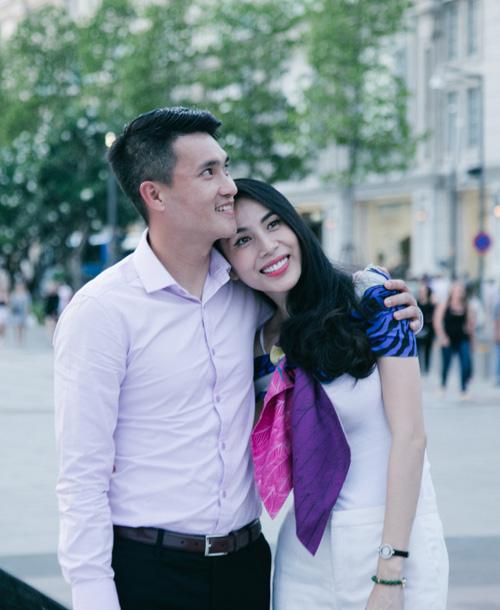 Cuộc sống vợ chồng Thuỷ Tiên lên truyền hình quốc tế - ảnh 1