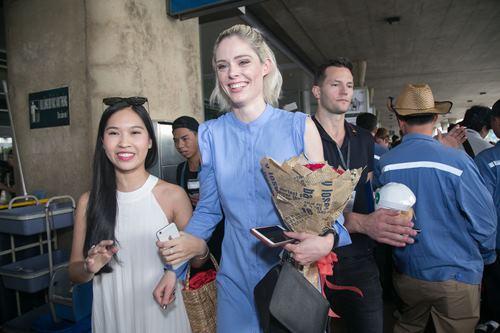 Nữ hoàng tạo dáng Coco Rocha xuất hiện rạng ngời tại sân bay - ảnh 9