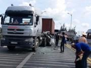 Tin tức trong ngày - Điều tra nguyên nhân tai nạn làm 4 công an thương vong