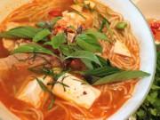 Ẩm thực - Bữa sáng nồng nàn với bún Thái chua cay lạ miệng