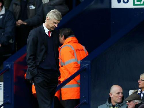 "Wenger ""sống chết"" giữ ghế: Một Arsenal khốn khổ - 1"