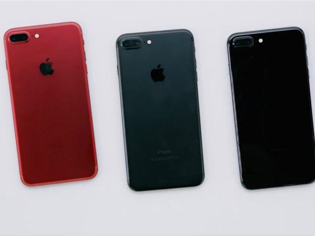 """Video: Đập hộp iPhone 7 màu đỏ """"sốt xình xịch"""""""