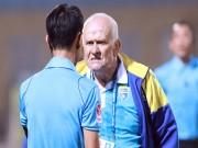 Bóng đá - Ban Kỷ luật VFF nương tay với HLV Petrovic