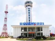 Tin tức trong ngày - Máy bay mất liên lạc vì kiểm soát không lưu ngủ