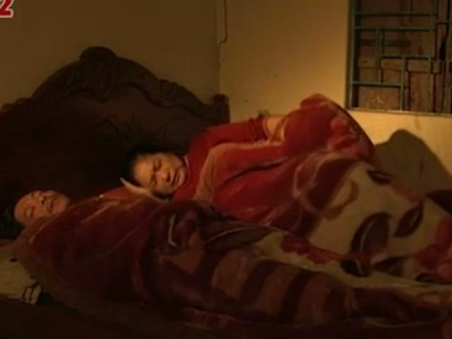 Khỏe 24/7: Xử lý thế nào khi người già bị đổ mồ hôi ban đêm?