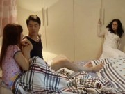Choáng với cảnh mẹ chồng rình con dâu ân ái trong phim VTV