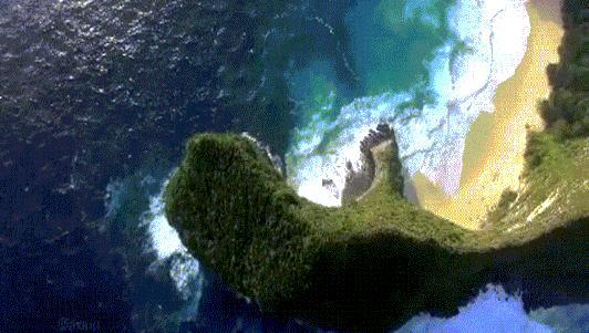 """""""Đứng hình"""" trước vẻ đẹp của bãi biển """"khủng long bạo chúa"""""""