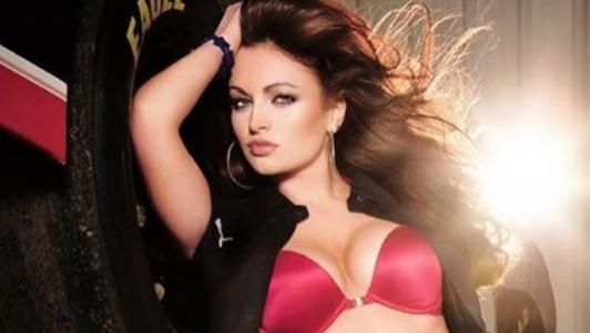 """6 kiều nữ WWE lộ ảnh nóng: Cả thế giới bị """"dắt mũi"""""""