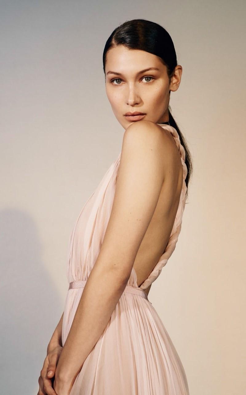 Hot girl giàu nhất nhì Hollywood mặc bán nude đẹp khó cưỡng - 8