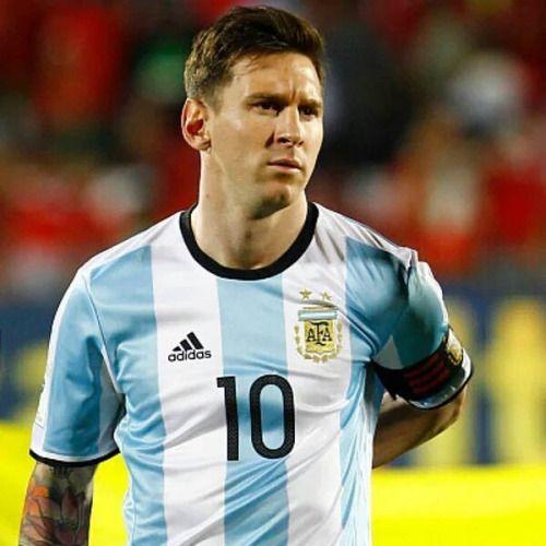 Messi từ Siêu kinh điển tới Argentina: Thiên tài bị trù dập