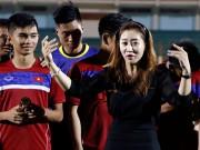 Người đẹp Hàn Quốc khiến U20 Việt Nam choáng ngợp