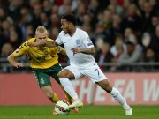 Anh - Lithuania:  Súng 3 nòng  mừng Wembley 10 năm