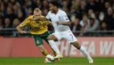 """Anh – Lithuania: """"Súng 3 nòng"""" mừng Wembley 10 năm"""
