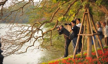 Mê hoặc chiều dát vàng Hồ Gươm - 16