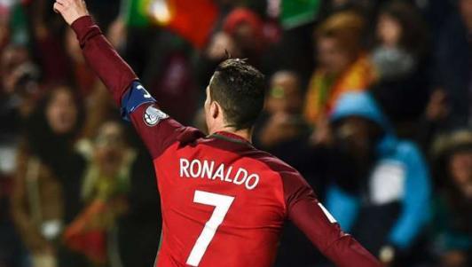 Bồ Đào Nha - Thụy Điển: Ronaldo và sô diễn ở quê nhà