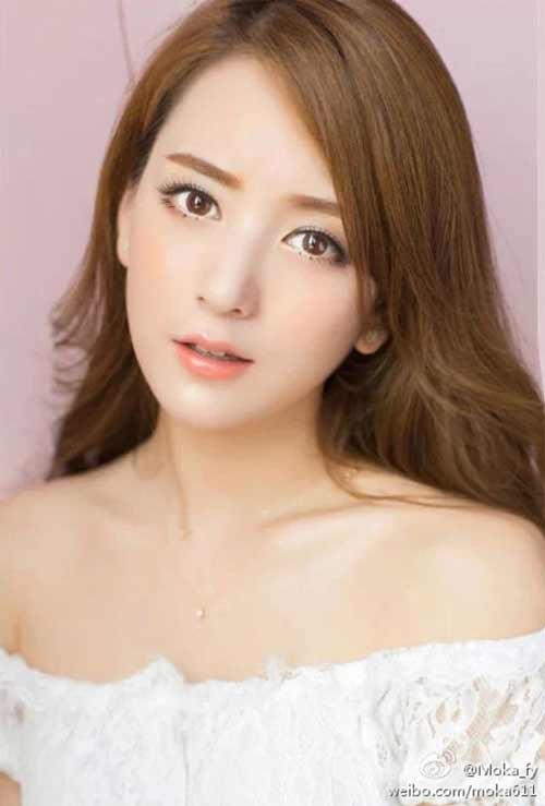 Nhan sắc vợ thiên vương Quách Phú Thành gây tranh cãi - 1