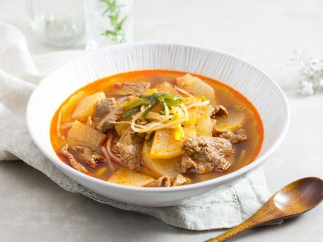 Lạ miệng với súp bò cay kiểu Hàn thơm ngon đúng điệu