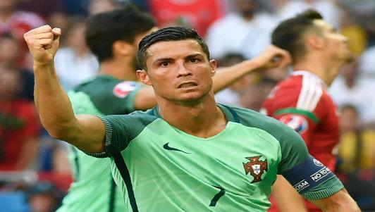 TRỰC TIẾP bóng đá Bồ Đào Nha - Thụy Điển: Ronaldo khoe cúp Euro 2016
