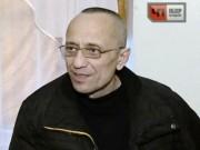 """Nga: Ngày là người  """" mẫu mực """" , đêm đi hiếp, giết 60 người"""
