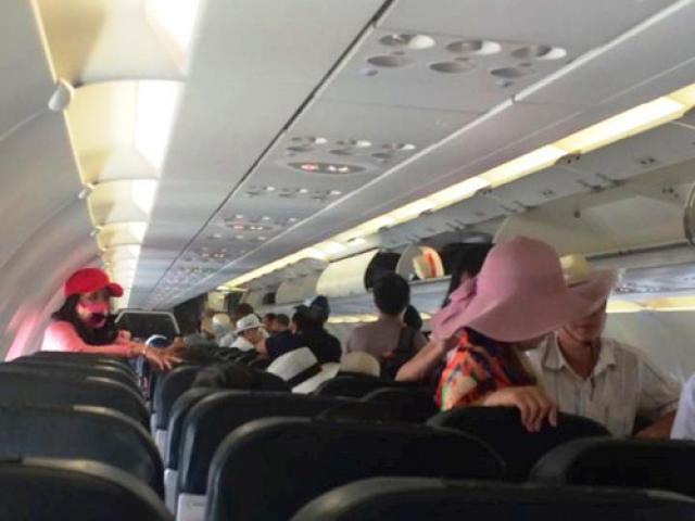 Cấm sử dụng sạc pin điện thoại dự phòng trên máy bay - 2