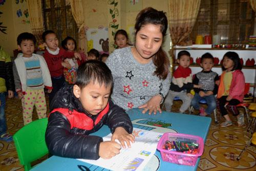 Bé trai hơn 2 tuổi biết đọc khi chưa biết chữ bây giờ ra sao? - 3