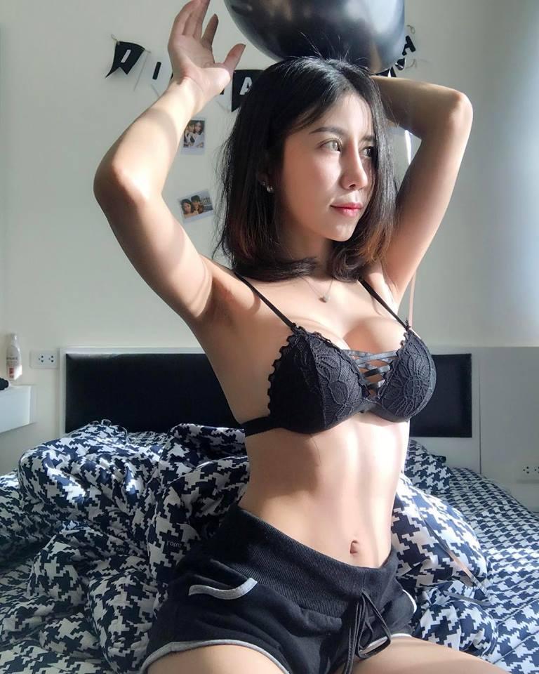 """Hot girl đồng tính Thái Lan sexy """"ăn đứt"""" Ngọc Trinh gây """"sốt mạng"""" - 9"""
