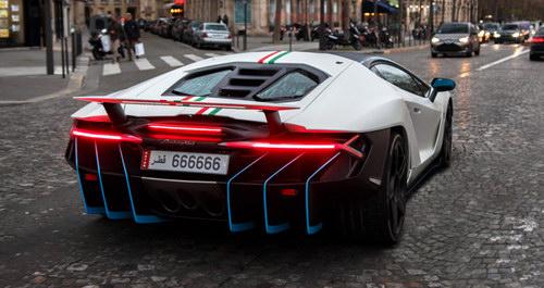 """Bắt gặp Lamborghini Centenario mang biển """"lục quý 6"""" siêu độc"""