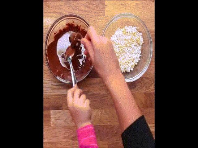 4 cách làm kem chuối dễ không tưởng, trẻ con cũng làm được