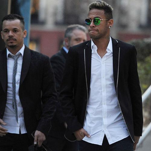 """Real lại """"mưu hèn kế bẩn"""" với Barca: Neymar nguy cơ tù 5 năm - 2"""