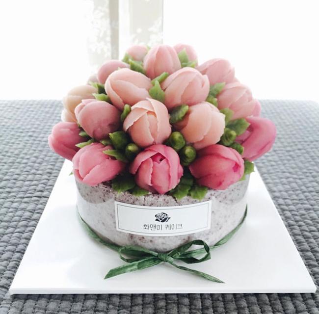 Những đóa hoa mang thông điệp tình yêu gửi tới nàng.