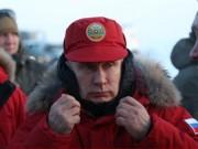 """Thế giới - Putin khoe loạt ảnh nam tính """"chất lừ"""" chụp ở Bắc Cực"""