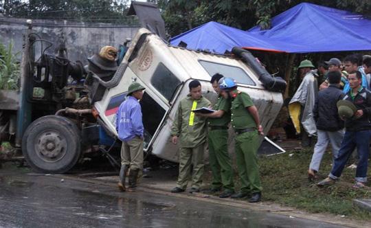 2 vụ tai nạn thảm khốc liên tiếp trên QL48, 6 người tử vong