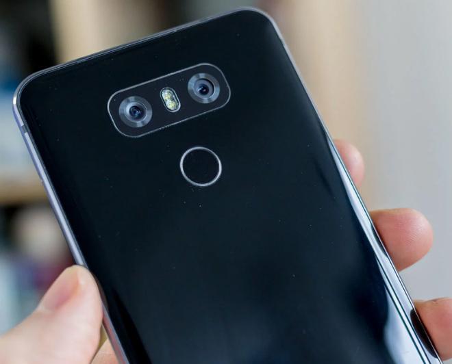 """Top 11 smartphone mới làm """"nóng"""" làng công nghệ 2018 (P1) - 3"""