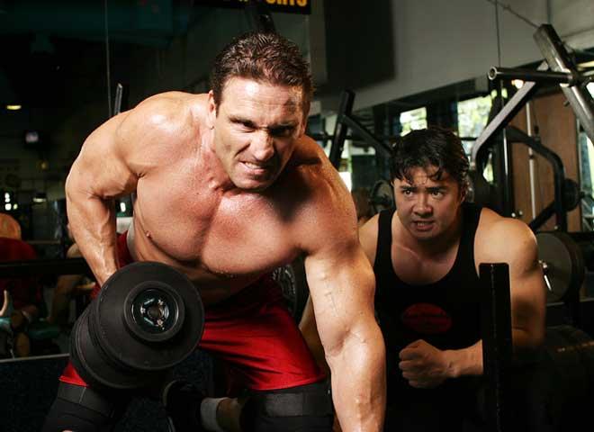 """Lò luyện """"quái thú"""" UFC: Ăn đòn bất tỉnh, nằm gai nếm mật ở Hang sư tử 2"""