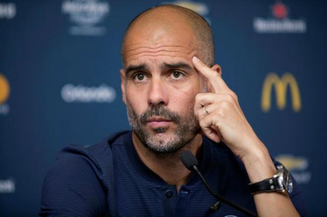 """Man City suýt thua, đứt 2 """"đầu mũi giáo"""": MU, Chelsea đua đến cùng 2"""