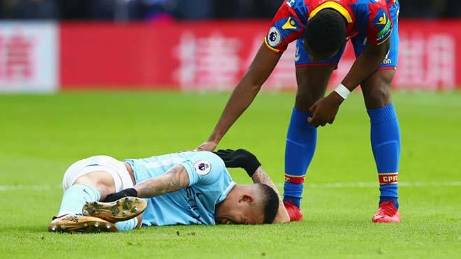 """Giải cứu Ngoại hạng Anh: FA bị nghi """"bảo kê"""" đánh hội đồng Man City 3"""