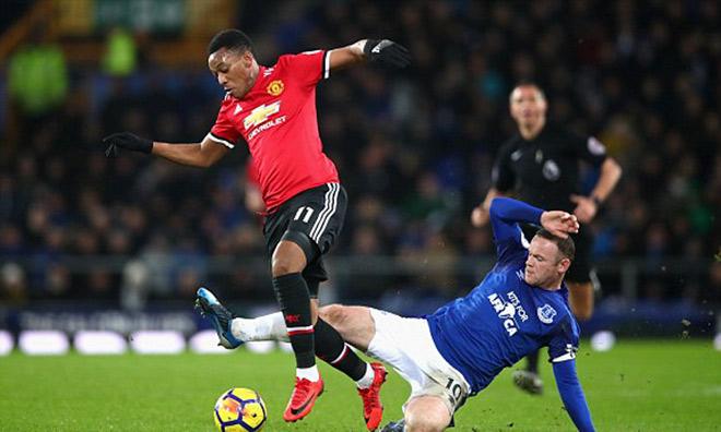 """Rooney tặng quà MU - Mourinho: """"Kiến tạo"""" giúp Martial ghi tuyệt phẩm 2"""