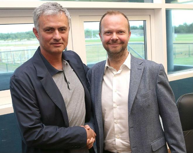 MU - Mourinho đua Man City: 75 triệu bảng đổi 15 điểm, đắt hay rẻ? 2