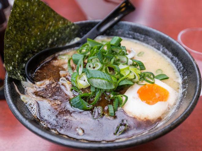 10 món ăn phải thử trên thế giới trong đó có phở Việt Nam - 5