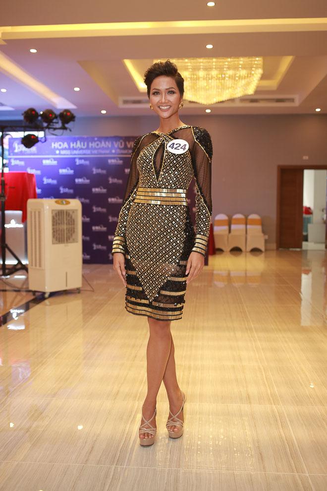 Dự đoán sớm: 80% đây là top 10 Hoa hậu Hoàn vũ Việt Nam 2017 - 12