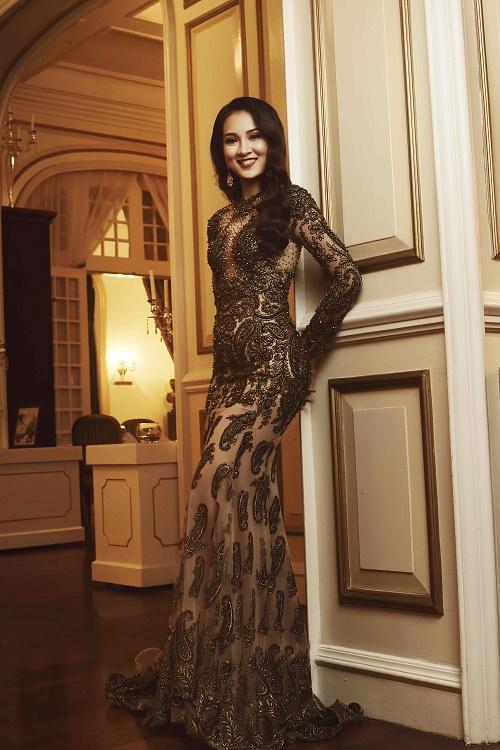 Top 45 Hoa hậu Hoàn vũ gây chú ý với ảnh trang phục dạ hội - 15