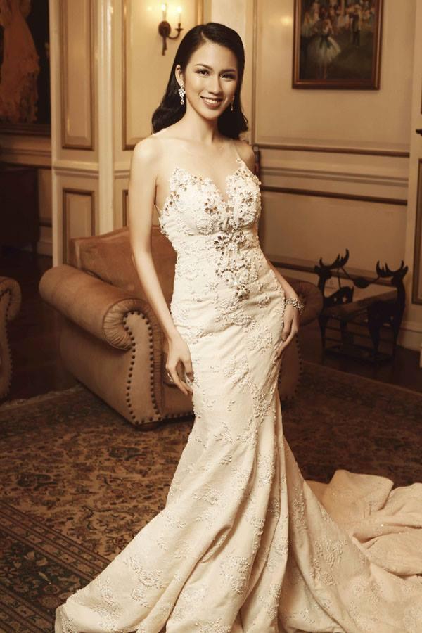 Top 45 Hoa hậu Hoàn vũ gây chú ý với ảnh trang phục dạ hội - 11