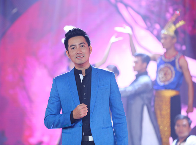 """Quản lý tiết lộ Nguyễn Phi Hùng suốt 20 năm yêu ai đều """"bị đá"""" - 1"""