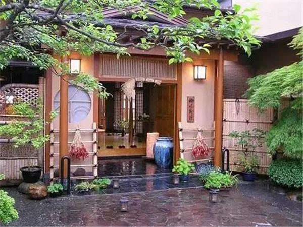 Nhờ bán...lá cây, các cụ bà Nhật Bản kiếm được 52 tỷ đồng/năm - 6