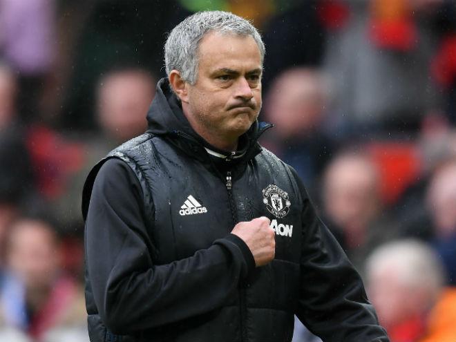 Chuyển nhượng MU: Mourinho nên mua Sanchez, Ozil và Mahrez 2