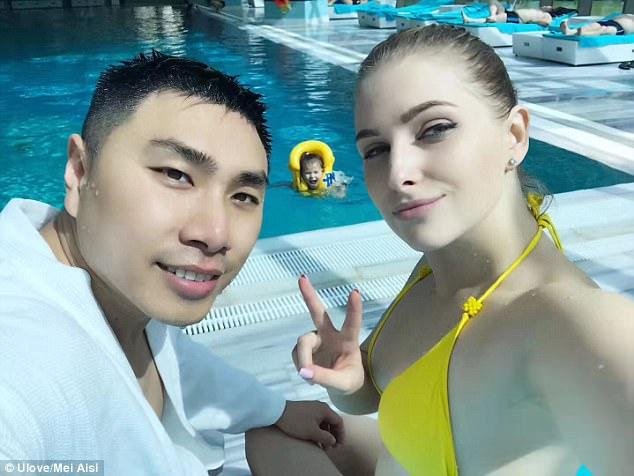 """Đàn ông Trung Quốc đổ xô đi """"càn quét"""" kiếm vợ """"Tây"""" - 1"""