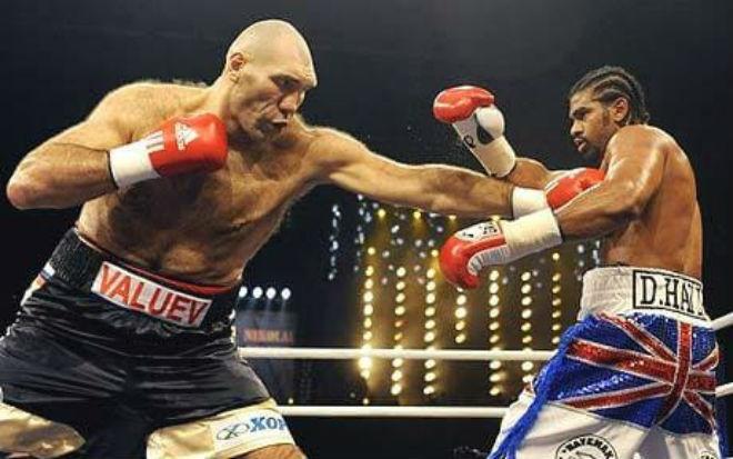 """""""Quái thú"""" boxing 2m13, 145 kg: 2 lần khiến Mike Tyson chạy """"mất dép"""" - 1"""