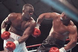 """Huyền thoại Mike Tyson: Cú đấm thép sức nặng """"dời non lấp biển"""" 3"""