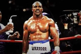 """Huyền thoại Mike Tyson: Cú đấm thép sức nặng """"dời non lấp biển"""" 2"""
